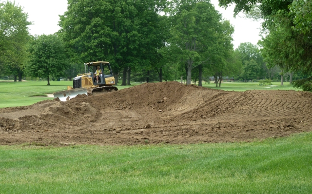 Derek Dirksen Shaping Fairway Bunker